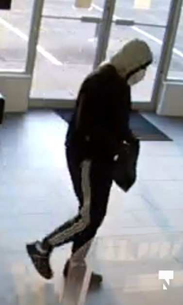 CPS_Robbery_Sept_16_suspect_01