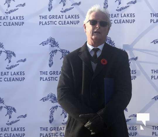 plastic clean up Oct 30 202038