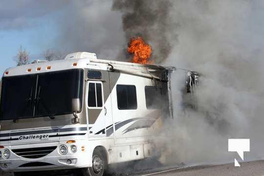 Camper Fire Hwy 401 Cobourg Nov 2 2020007