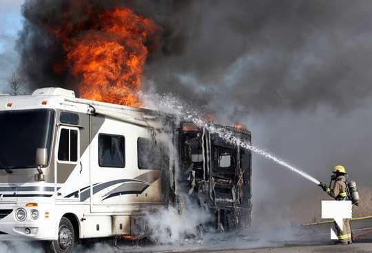 Camper Fire Hwy 401 Cobourg Nov 2 2020015