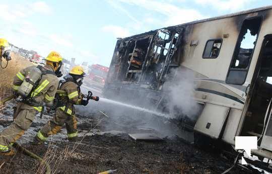 Camper Fire Hwy 401 Cobourg Nov 2 2020030