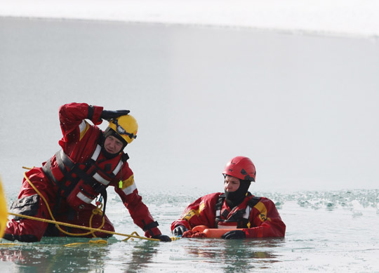 Ice Water Rescue Training Cobourg February 21, 2021131