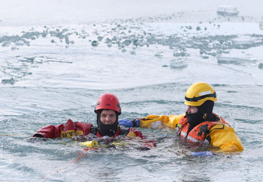 Ice Water Rescue Training Cobourg February 21, 2021135