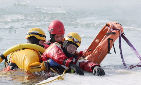 Ice Water Rescue Training Cobourg February 21, 2021150