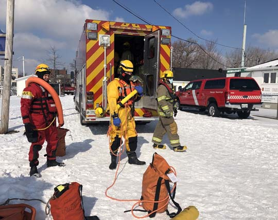 Ice Water Rescue Training Cobourg February 21, 2021163