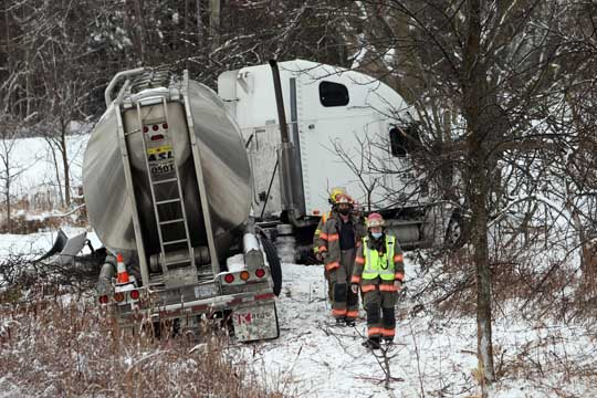 Jack Knifed Tractor Trailer Highway 401 Newtonville February 22, 2021203