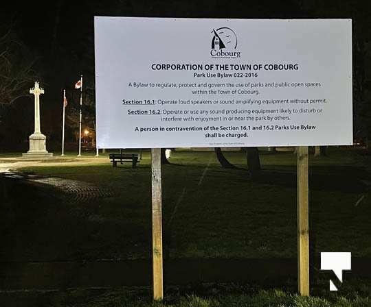 COVID Sign Vic Park April 30, 20211810