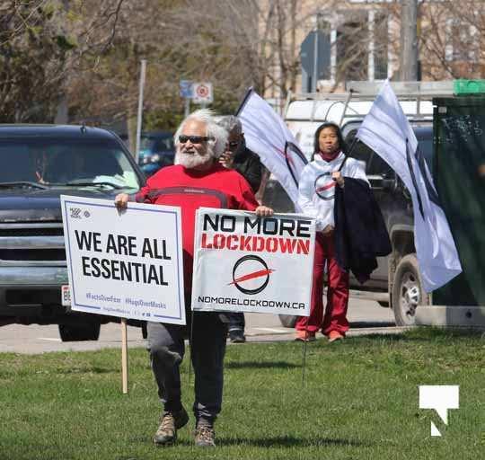 Victoria Park Cobourg Protest April 24, 20211667