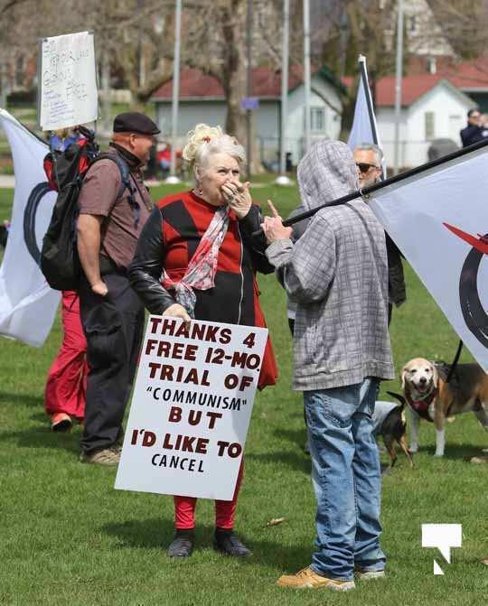 Victoria Park Cobourg Protest April 24, 20211675