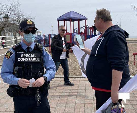 Victoria Park Cobourg Protest April 24, 20211707