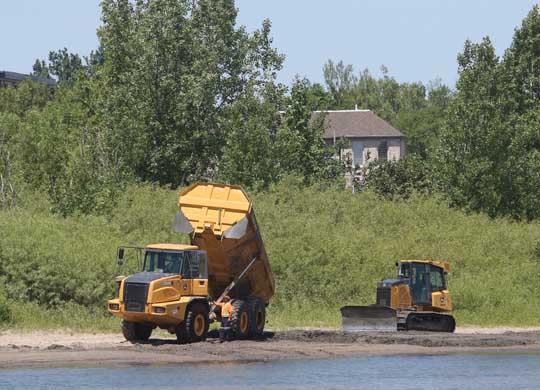Digging Cobourg Harbour June 15, 20213128