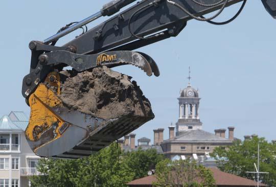 Digging Cobourg Harbour June 15, 20213129