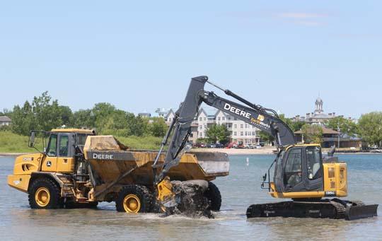 Digging Cobourg Harbour June 15, 20213130