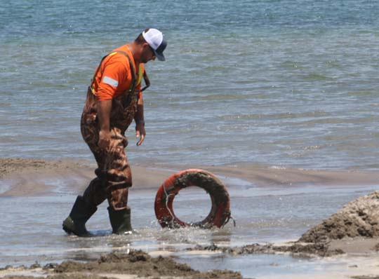 Digging Cobourg Harbour June 15, 20213131
