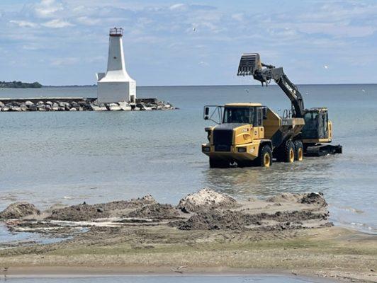 Digging Cobourg Harbour June 15, 20213136
