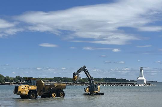 Digging Cobourg Harbour June 15, 20213141