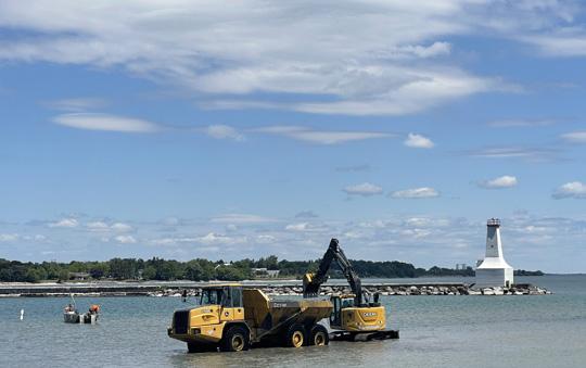 Digging Cobourg Harbour June 15, 20213142