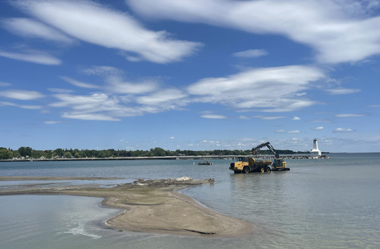 Digging Cobourg Harbour June 15, 20213143
