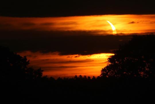 Solar Eclipse Hamilton Township June 10, 20212923