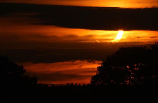 Solar Eclipse Hamilton Township June 10, 20212925