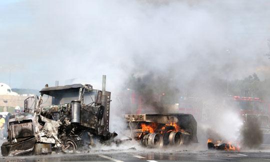 Transport Fire Highway 401 Colborne June 15, 20213146