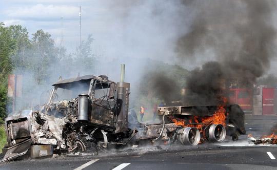 Transport Fire Highway 401 Colborne June 15, 20213157