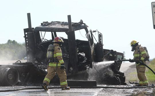Transport Fire Highway 401 Colborne June 15, 20213172