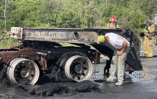 Transport Fire Highway 401 Colborne June 15, 20213183