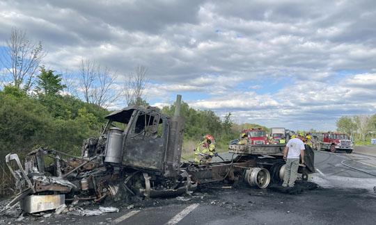 Transport Fire Highway 401 Colborne June 15, 20213184
