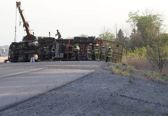 Transport Rollover Highway 401 June 2, 20212634
