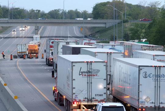 Transport Rollover Highway 401 June 2, 20212636
